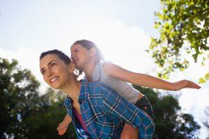 Opvæksten med en psykisk ustabil mor kan sætte alvorlige spor på selvværdet